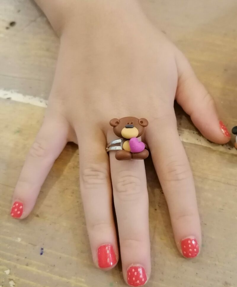 bear with heart ring scaled