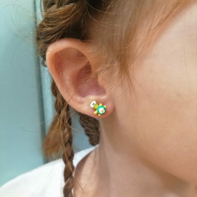 green turtles lobe earrings scaled